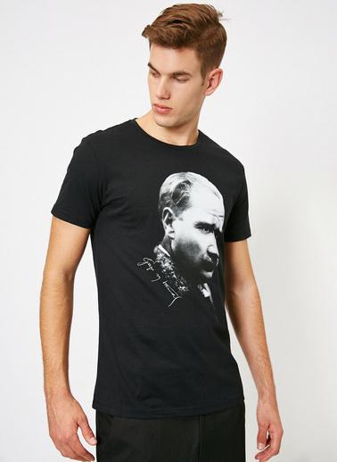 Koton Atatürk Baskili T-Shirt Siyah